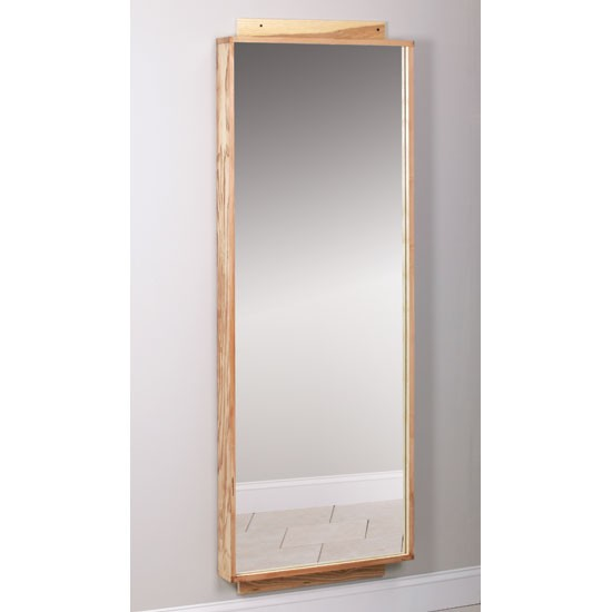 Mounting mirror on wall