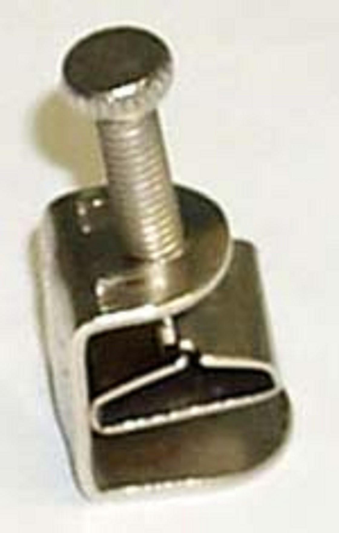 Catheter screw compressor with c clamp